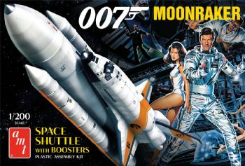 Moonraker Shuttle with Boosters (James Bond) - 1:200 scale from  AMT